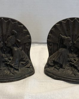 Pair Of Antique Cast Iron Boy And Girl Wearing Nightcaps Bookends