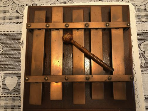 Five Note Xylophone Dinner Chime With Wooden Base With Mallet