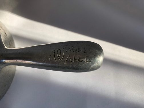Graduated Set Of 3 Antique Wagner Ware Aluminum Scoops