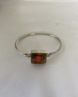 Delightful Sterling Silver Bracelet Accented With Lucite Enclosed Dried Flower Closure