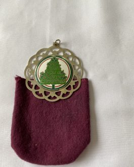 """Lunt Sterling Silver """"We Wish You A Merry Christmas"""" Christmas Ornament 1986 With Cloth Holder"""